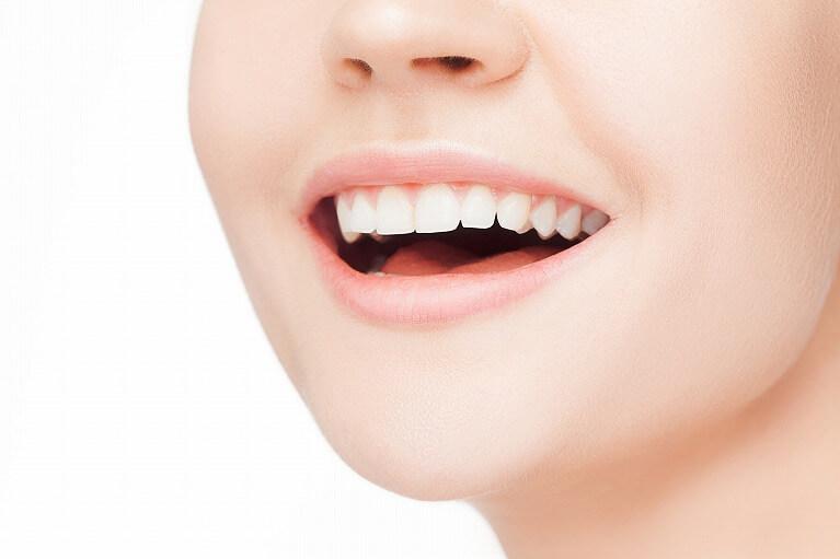 前歯治療のポイント